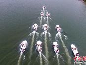 武警浙江总队进行水上船艇编队航行训练